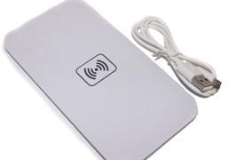 Беспроводное зарядное устройство Qi (белое)